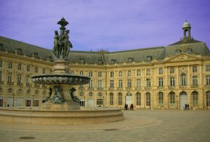 Place-Bourse_Bordeaux-boosted-colours